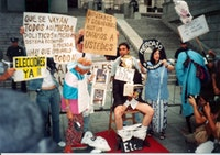 Etcétera, <i>Mierdazo</i> [Big Shit], protest performance in front of the Argentine National Congress building, 2002. Courtesy the Grupo Etcétera archive.