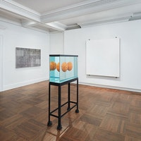 <p>Installation shot of <em>Minimalism and Beyond. </em>Photo Tom Powel Imaging. Courtesy Mnuchin Gallery, New York.</p>