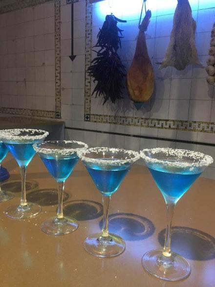 <p>Detail of<em>El Internacional Tapas Bar & Restaurant</em>featuring the signature blue margarita cocktail (Photo: Kathy Brew).</p>