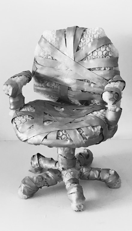 <p>Jeanne Silverthorne, <em>Bubble Wrapped Task Chair</em>, 2016. Platinum silicone rubber, metallic pigment, 37 x 26 x 26 inches. Courtesy MARC STRAUS Gallery, New York.</p>