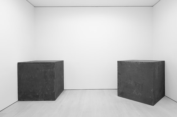 Installation view, Richard Serra: Sculpture and Drawings, David Zwirner, New York, 2017. Photo by Cristiano Mascaro. © 2017 Richard Serra / Artists Rights Society (ARS), New York. Courtesy David Zwirner, New York/London.
