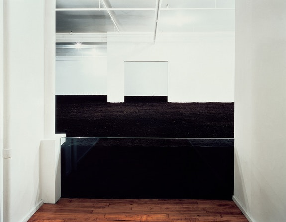 <p>Walter De Maria, <em>The New York Earth Room</em>, 1977. © The Estate of Walter De Maria. Photo: John Cliett.</p>