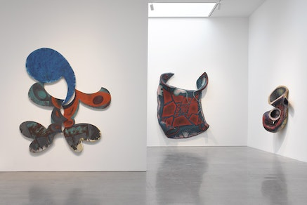 Installation view of <em>Elizabeth Murray: Painting in the &lsquo;80s</em>. Photo: Tom Barratt, courtesy Pace Gallery &copy; 2017 The Murray-Holman Family Trust / Artists Rights Society (ARS), New York