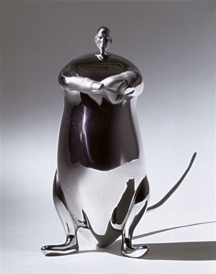 Rona Pondick, <em>Muskrat</em>, 2002 - 2005. Stainless steel, AP, edition of 3 and 1 AP. 10 1/2 x 12 1/2 x 4 5/8 inches. Courtesy Galerie Thaddaeus Ropac, London/Paris/Salzburg; Sonnabend Gallery, New York; Howard Yezerski Gallery, Boston; Zevitas/Marcus Gallery, Los Angeles; and the artist.