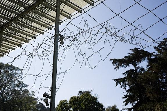 <em>Above and Below</em>, 2007. Epoxy-coated aluminum tubing. Photo: Eric Lubrick. Courtesy Indianapolis Museum of Art.