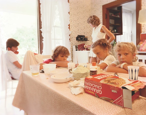 Tina Barney, <em>Graham Cracker Box</em>, 1983. Chromogenic color print. 48 x 60 inches. Edition of 10. © Tina Barney, Courtesy Paul Kasmin Gallery.