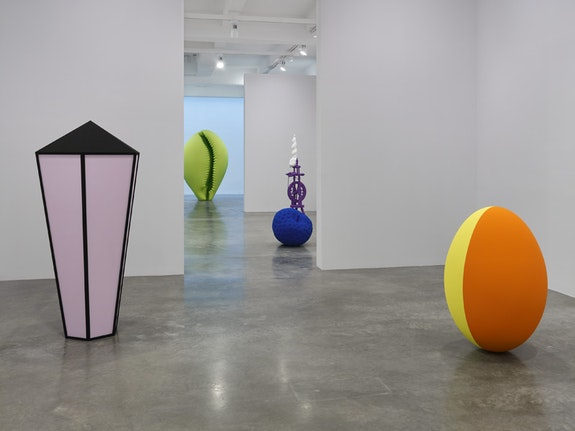 Installation view, <em>Katharina Fritsch</em> at Matthew Marks Gallery, 523 West 24th Street, New York, New York, 2017.