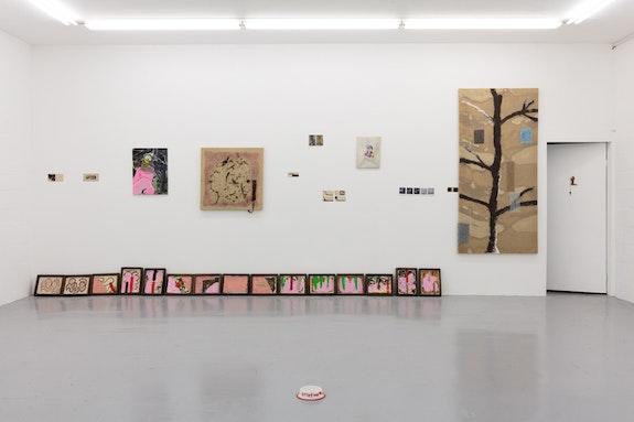 Installation View, <em>Condo 2018</em>, Emalin showing Alvaro Barrington and hosting Weiss Falk, showing David Weiss. Courtesy Emalin Gallery.