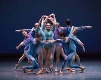 <p>Lauren King and Company in Peter Walker's <em>dance odyssey. </em>Photo: Paul Kolnik</p>