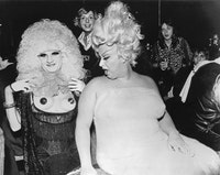Leee Black Childers, <em>Jayne County and Divine</em>, 1974.  Courtesy PARTICIPANT, INC.
