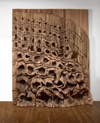Ursula von Rydingsvard, <em>Oziksien</em>, 2016. Cedar, 145 x 123 x 30 inches. Photo: Michael Bodycomb. © Ursula von Rydingsvard. Courtesy Galerie Lelong & Co.