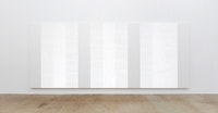 Mary Corse, <em>Untitled (White Multiple Inner Band)</em>, 2003. Glass microspheres and acrylic on canvas, 96 x 240 inches. Courtesy Kayne Griffin Corcoran, Los Angeles, Lehmann Maupin, New York; and Lisson Gallery, London. Photo © Mary Corse.