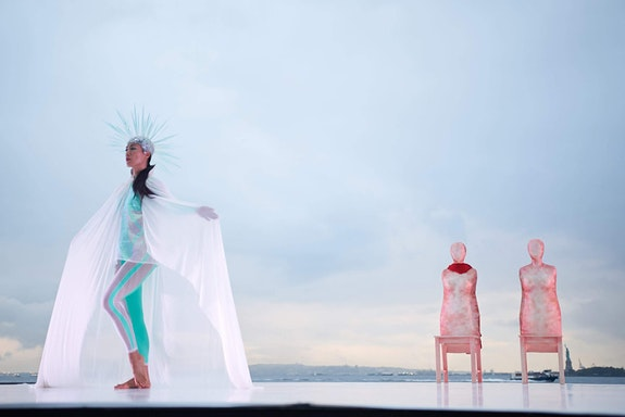 Douglas Dunn and Dancers in <em>Aidos</em>. Photo: Melissa Wu