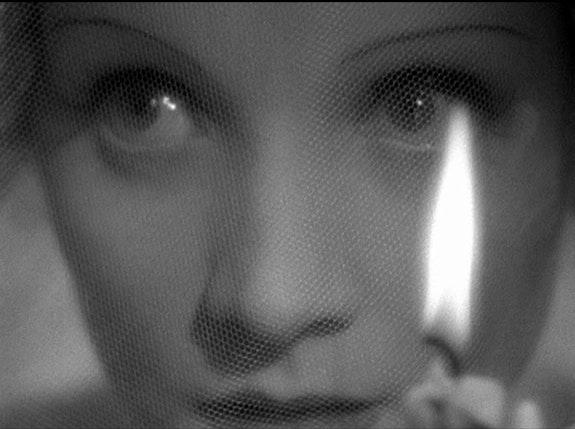 <p>Marlene Dietrich in Josef von Sternberg&rsquo;s <em>The Scarlet Empress</em></p>