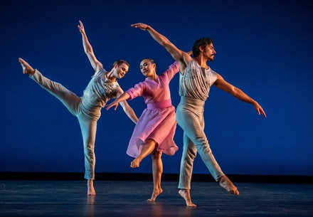 Mark Morris Dance Group | The Trout. Photo: Stephanie Berger