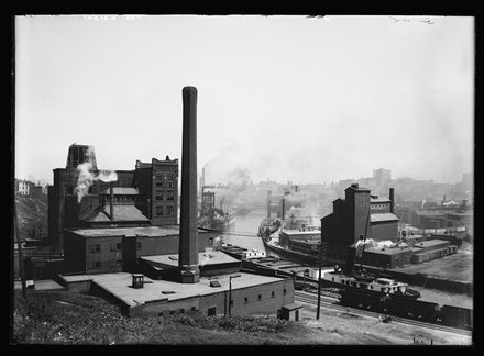Industrial buildings, Pittsburgh, PA. c.1900. The Library of Congress.