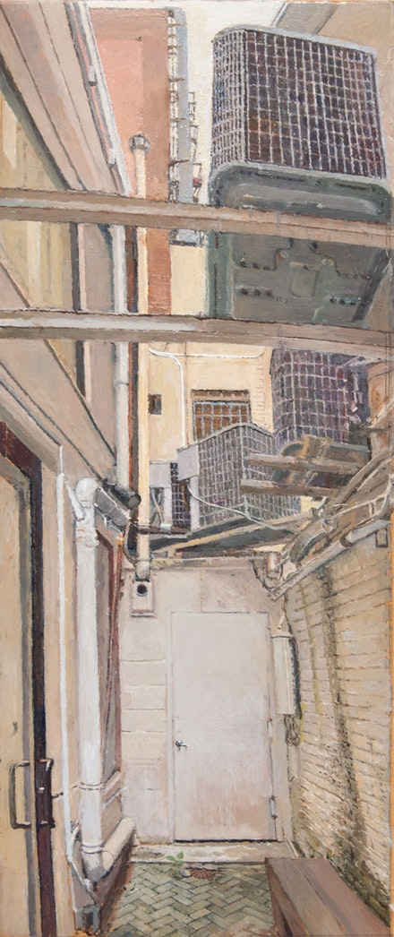 Rackstraw Downes, <em>Outdoor Passageway at 15 Rivington</em>, 2016. Oil on canvas, 29 x 12 inches. Courtesy Betty Cuningham.
