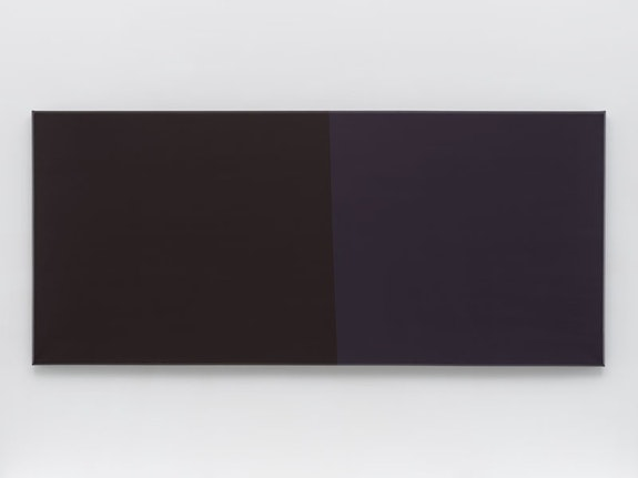 "Anne Truitt, <em>Engadine I</em>, 1990. Acrylic on canvas, 48 x 108 inches. © <a href=""http://annetruitt.org/"" target=""_blank"" data-saferedirecturl=""https://www.google.com/url?hl=en&q=http://annetruitt.org&source=gmail&ust=1539188929223000&usg=AFQjCNHWhRwrblDWH_McaWCySMk2ApRrZg"">annetruitt.org</a> / Bridgeman Images / Courtesy Matthew Marks Gallery."