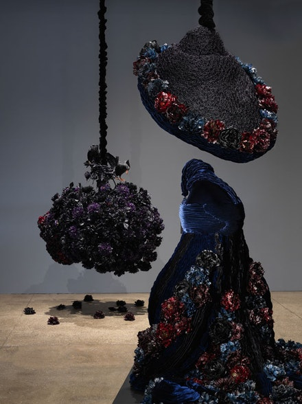 Installation view, Petah Coyne: <em>Having Gone I Will Return</em>, 2018. © Petah Coyne. Courtesy Galerie Lelong & Co., New York.