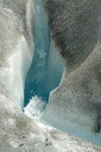 Kennicott Glacier moulin. Credit: Carol Sepkoski.