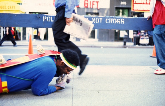 Pope.L, <em>The Great White Way, 22 Miles, 9 Years, 1 street</em>, 2000 – 2009. Performance. © Pope.L. Courtesy the artist and Mitchell-Innes & Nash, New York.