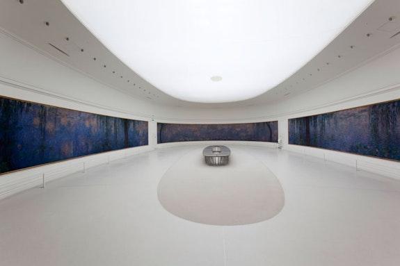Claude Monet, <em>Les Nymph&eacute;as</em>, Mus&eacute;e de l&rsquo;Orangerie. Photo &copy; Mus&eacute;e de l&rsquo;Orangerie, Dist. RMN-Grand Palais / Sophie Cr&eacute;py Boegly.
