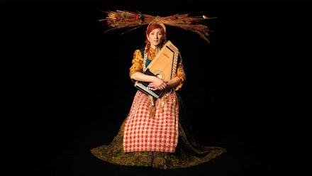 <p>Suzanne Bocanegra, <em>Lemonade, Roses, Satchel</em> (video still), 2017. 3:38 mins. Music by Shara Nova. Courtesy of the artist.</p>