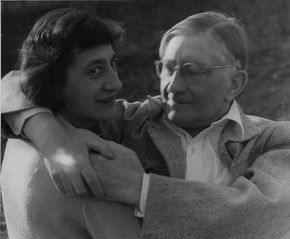 Ani and Josef Albers, Black Mountain College, 1949. Photo: Ted Dreier. Courtesy of the Josef and Anni Albers Foundation