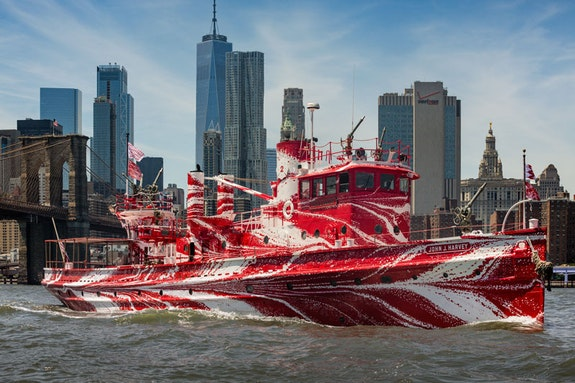 Tauba Auerbach, <em>Flow Separation</em>, 2018. Commissioned by Public Art Fund and 14-18 NOW and presented on Fireboat John J. Harvey in New York Harbor July 1, 2018 – May 12, 2019. © Tauba Auerbach. Courtesy Paula Cooper Gallery. Image by Nicholas Knight, courtesy Public Art Fund, NY.