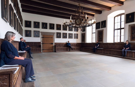 <p>Ernesto&nbsp;Pujol:&nbsp;<em>The Listeners</em></p> <p>Osnabr&uuml;ck&nbsp;Town Hall, Germany, 2018</p> <p>[Photo by Angela&nbsp;von&nbsp;Brill.]</p>