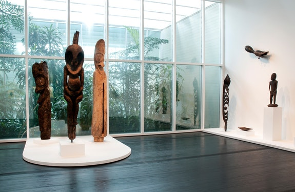 <em>Arts of Africa and the Pacific Islands</em> in the Menil Collection. Photo: Don Glentzner.