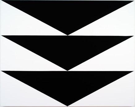 Carmen Herrera, <em>Equilibrio</em>, 2012. Acrylic on canvas, 48 x 60 inches. &copy; Carmen Herrera.