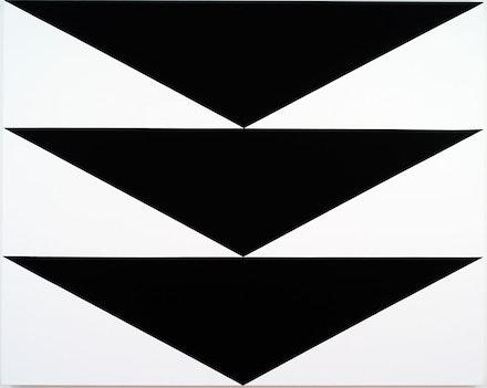 Carmen Herrera, <em>Equilibrio</em>, 2012. Acrylic on canvas, 48 x 60 inches. © Carmen Herrera.