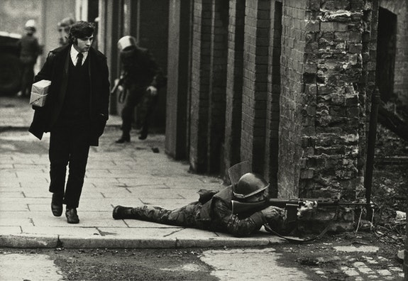 Don McCullin, <em>Londonderry</em>, 1971. Courtesy the artist and Tate Britain.