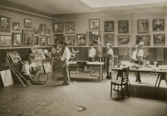 Tiffany Foundation Fellows in studio, Laurelton Hall, c. 1920s. Photo: David Aronow. Courtesy The Charles Hosmer Morse Museum of American Art, Winter Park, Florida.