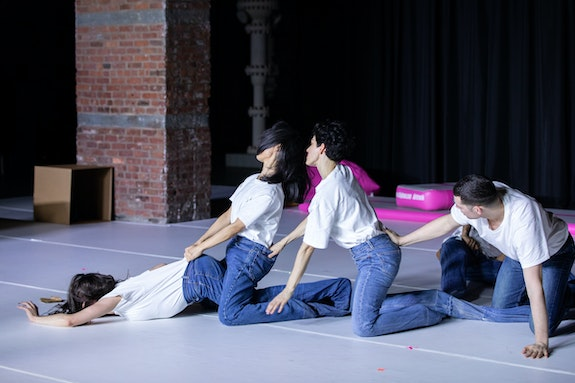 <i>Alexandra Bachzetsis: Escape Act. US Premiere at Pioneer Works, New York. Credit: © Walter Wlodarczyk </i>