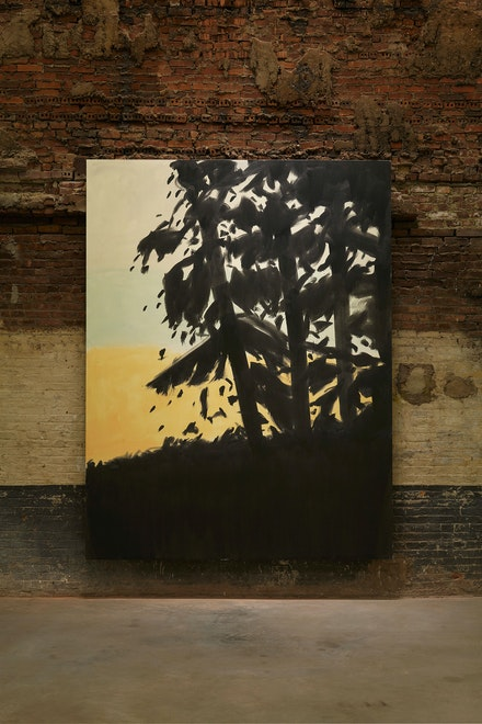 Alex Katz, <em>Sunset</em>, 2019. Oil on linen, 126 x 96 inches. Courtesy the artist and Gavin Brown's enterprise, New York/ Rome. Photo: Thomas Müller.