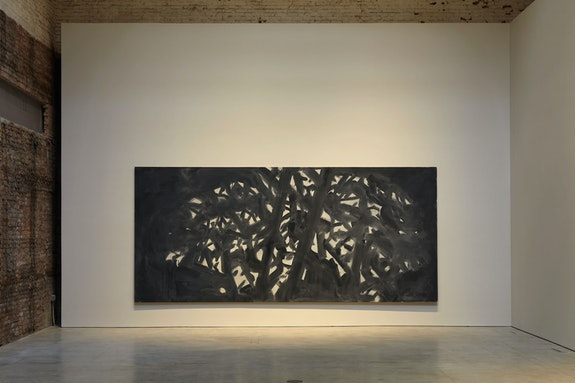 Alex Katz, <em>Twilight 2</em>, 2018. Oil on linen, 96 x 216 inches. Courtesy the artist and Gavin Brown's enterprise, New York/ Rome. Photo: Thomas Müller.