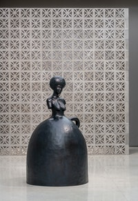 Simone Leigh, <em>Jug,</em> 2019. Bronze, 84 1/2 x 49 1/2 x 48 3/4 inches. Courtesy the artist and Luhring Augustine, New York. Photo: David Heald © 2019 The Solomon R. Guggenheim Foundation.