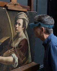 Larry Keith at work on Artemisia Gentilleschi's Saint Catherine of Alexandria. Courtesy Larry Keith.
