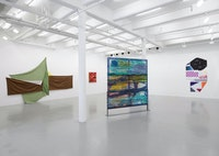 Installation view: <em>Painters Reply: Experimental Painting in the 1970s and now</em> Lisson Gallery, New York, 2019.© Lisson Gallery.