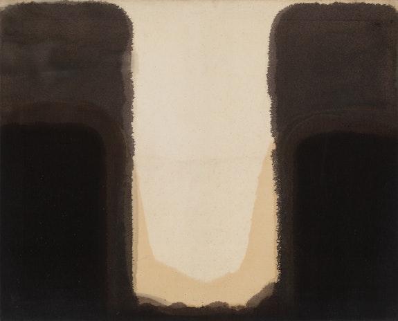 Yun Hyong-keun, <em>Umber-Blue</em>, 1978. Oil on cotton, 80.6 x 100 centimeters. Courtesy the Estate of Yun Hyong-keun. Image Copyright:  Yun Seong-ryeol.