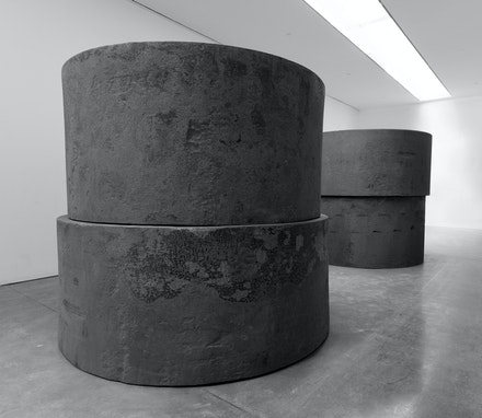 Richard Serra, <em>Inverted</em>, 2019. Forged steel, four rounds, installed in two inverted stacks, two: 48 inches high, 102 inches diameter; two: 54 inches high, 96 inches diameter; each stack: 102 inches high, 102 inches diameter. © 2019 Richard Serra/Artists Rights Society (ARS), New York. Photo: Rob McKeever. Courtesy Gagosian.