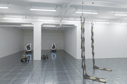 Installation view: <em>Elaine Cameron-Weir: strings that show the wind</em>, JTT, New York, 2019. Courtesy the artist and JTT, New York. Photo: Isabel Asha Penzlien.