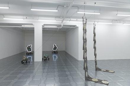 Installation view: <em>Elaine Cameron-Weir: strings that show the wind</em>, JTT, New York, 2019. Courtesy the artist and JTT, New York. Photo: Isabel Asha Penzlien.