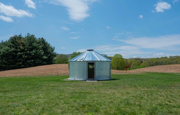Mark Dion, Storm King Environmental Field Station, 2019. Courtesy the artist and Tanya Bonakdar Gallery, New York/Los Angeles. Photo: Jeffrey Jenkins.