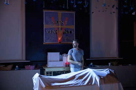 Ken Barnett in <em>Novenas for a Lost Hospital</em> at Rattlestick Playwrights Theater. Photo: Julieta Cervantes.