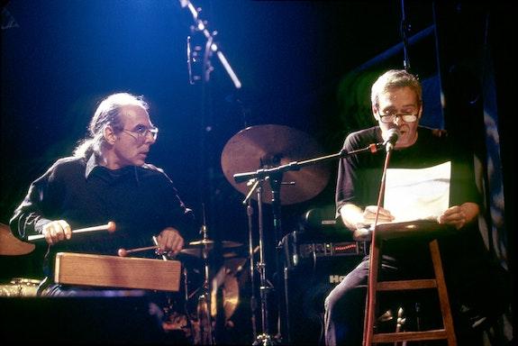 Steve Dalachinsky and Vito Ricci at the Knitting Factory, October 4, 1999. Photo © Alan Nahigian.
