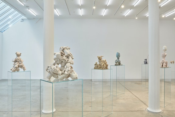 Installation view: <em>Nicolás Guagnini:</em> <em>Asociación Psicoanalítica Argentina</em>, Bortolami, New York, 2019. Courtesy the artist and Bortolami, New York. Photo: Kristian Laudrup.