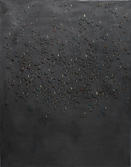 Kim Tschang-Yeul, <em>Waterdrops</em>, 1986. Graphite and oil on canvas, 36.22 x 28.74 inches. Courtesy Tina Kim, New York.